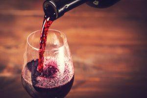 久留米で頭痛を悪化してしまう食べ物は赤ワイン