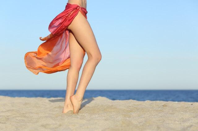 脚がきれいな女性
